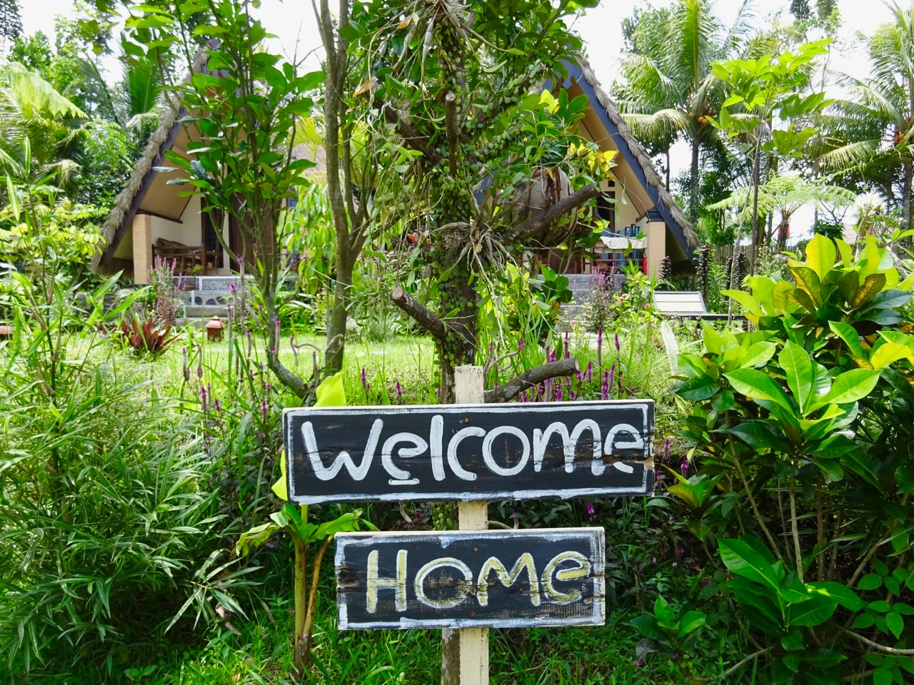 lombok-accommodation-matra-bungalow-welcome