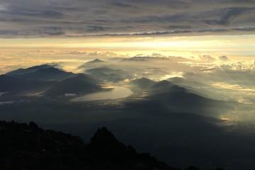 Sonnenaufgang über Japan
