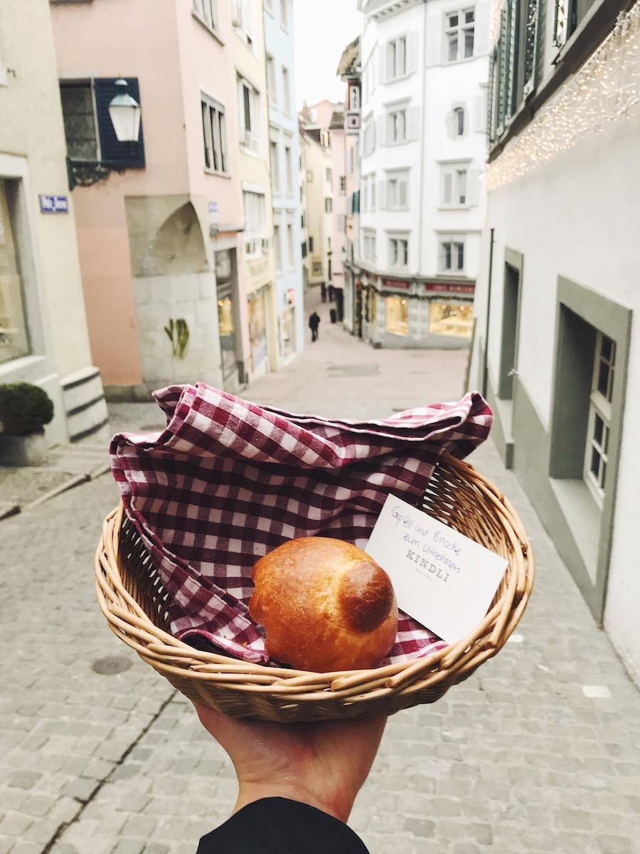 Sehenswürdigkeiten_in_Zürich_Altstadt-1
